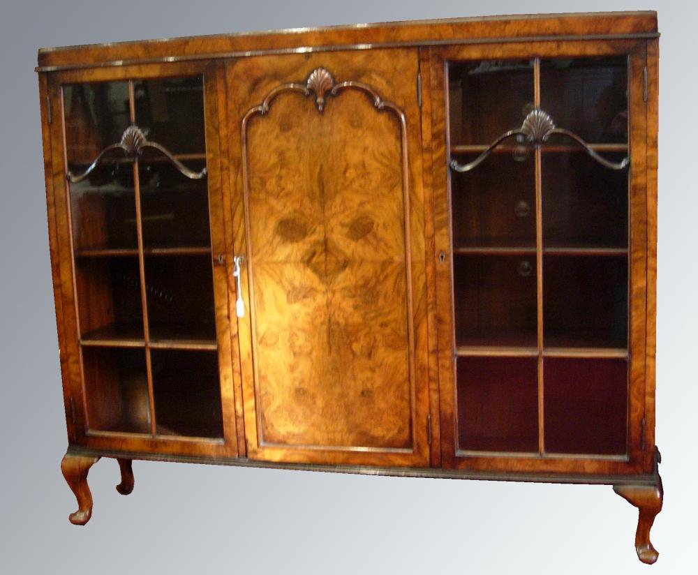 Antique Furniture Display Cabinets Bookcases
